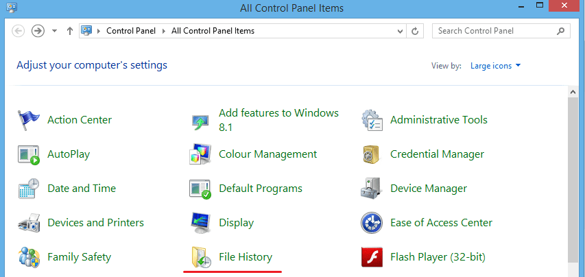 screenshot of control panel items with highlighted file history as a first step of Windows 8 file backup